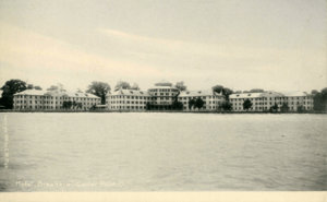 Cedar Point Hotel Breakers from the lake in 1905
