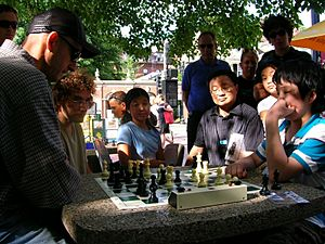 Dean Metrovich chess in Harvard Square Photo Steve Stepak 2007