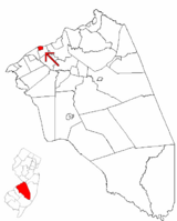 Beverly highlighted in Burlington County. Inset map: Burlington County highlighted in the State of New Jersey.