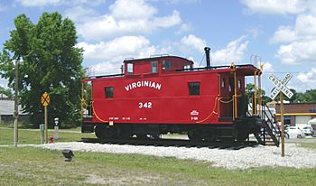 VGN Caboose 342 at Victoria Virginia August 2004