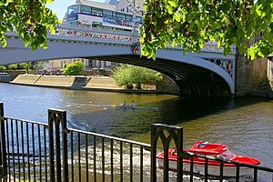 River Ouse and Lendal Bridge from Riverside Walkway - geograph.org.uk - 238516