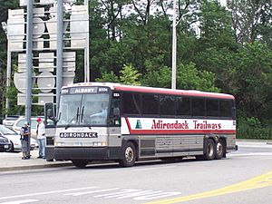 Adirondack Trailways MCI 102B3 62934
