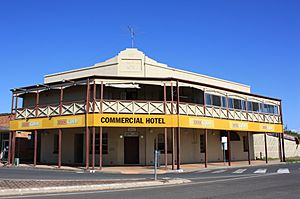 Commercial Hotel, Gatton, Qld