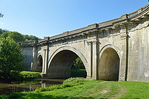 Dundas Aqueduct, from south-east.jpg
