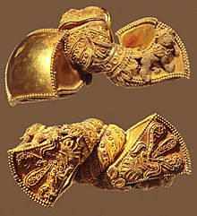 Andhra Pradesh Royal earrings 1st Century BCE