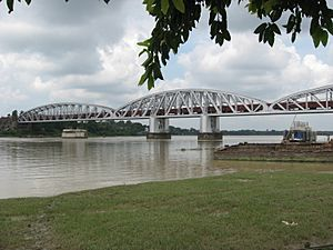 Jubilee Bridge (Naihati-Bandel) by Piyal Kundu