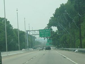 NJ 208 northbound 0.25 miles from Morlot Avenue