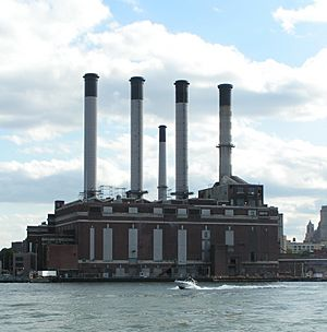 Brooklyn Navy Yard Cogeneration Station