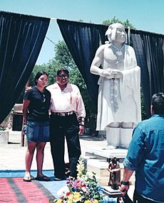 Sculptor Cliff Fragua and Po'pay statue