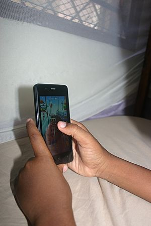 Smart phone games enthral the little ones 2 - Emmanuel Mwendwa (2)