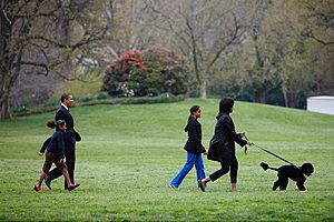 Obama family walks with First Dog Bo 4-14-09