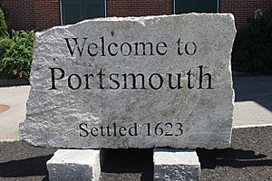 Portsmouth, NH welcome sign IMG 2656