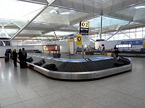 London Stansted Airport - Baggage reclaim