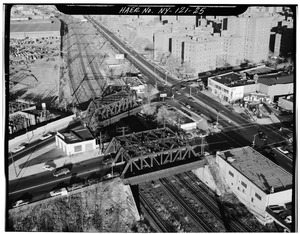 White Plains Road Bridge in foreground; Unionport Road Bridge in background. Van Nest, Bronx Co., NY. Sec. 4207, MP 12.75.-78. - Northeast Railroad Corridor, Amtrak Route HAER NY,31-NEYO,167-25