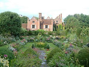 Chenies Manor-20321589