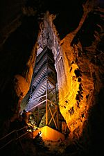 Mammoth Cave Mammoth Dome.jpg