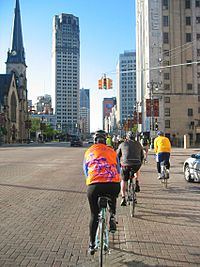 Biking-on-woodward-avenue
