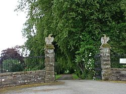 Foulis Castle gateway - geograph.org.uk - 207613