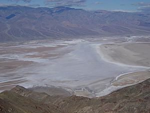 Badwater Basin from Dantes View-800px