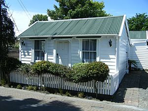 12 Drummond Street Sydenham Christchurch New Zealand Historic Totara Cottage 1876