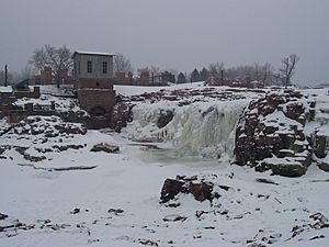 Big Sioux Falls (frozen)