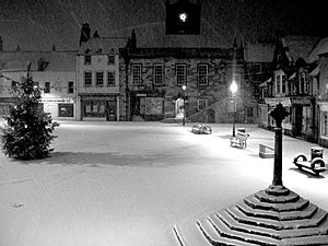 Alnwick marketplace - snow - night
