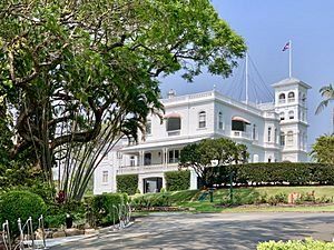 Government House seen from street, Brisbane, Queensland, 2019, 01.jpg