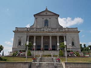 Cathedral of the Blessed Sacrament - Altoona, Pennsylvania 02