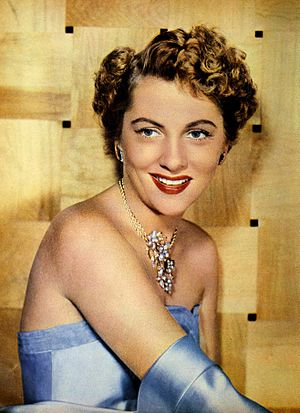 Joan Fontaine 1951.jpg