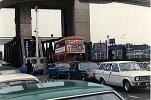 RT bus Woolwich Ferry 1979