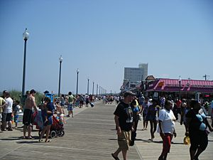 Rehoboth Beach boardwalk at Rehoboth Avenue looking south