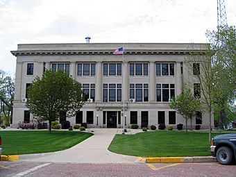 O'Brien County IA Courthouse.jpg