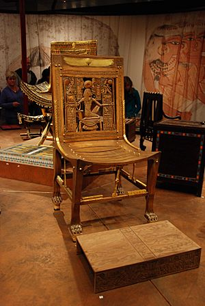 Tutankhamun throne 2