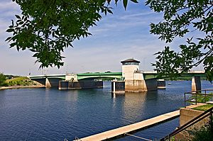 1990 Prescott Bridge from southeast (2009).jpg