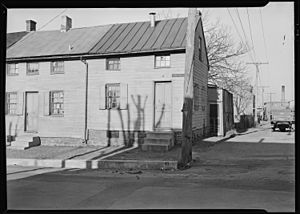 Lancaster, Pennsylvania - Housing. Low-priced houses on Cabbage Hill - rental about $12.00 per month - (umbrella... - NARA - 518455