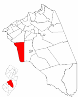 Evesham Township highlighted in Burlington County. Inset map: Burlington County highlighted in the State of New Jersey.