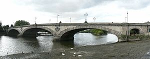 Kew Bridge in London 2007 Sept 21