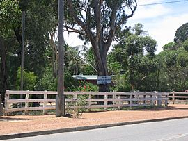 Images of Wattle Grove 03