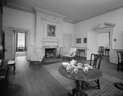 PARLOR (OR DRAWING ROOM), LOOKING NORTHWEST (1967) - Samuel Powel House, 244 South Third Street, Philadelphia, Philadelphia County, PA HABS PA,51-PHILA,25-7