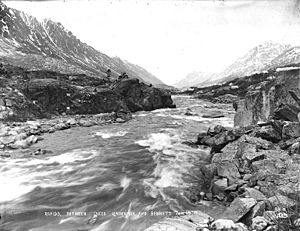 Rapids on One Mile River between Bennett Lake and Lindeman Lake, British Columbia, June 4, 1899 (HEGG 556)