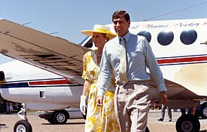 The Duke and Duchess of York at airport, 1988