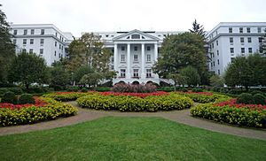 2008-0831-TheGreenbrier-North