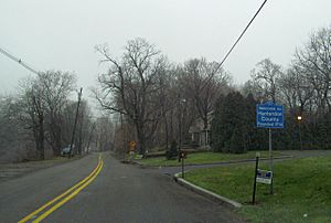 Entering Hunterdon County along Route 643