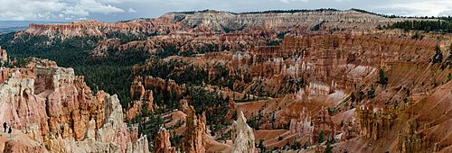 Bryce Amphitheater from Sunrise Point Highres 2013