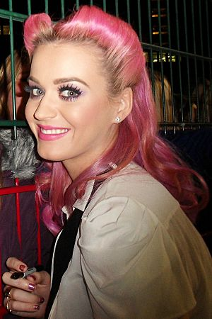Katy Perry signing autographs after X-Factor
