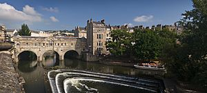 Pulteney bridge in Bath view from south before noon