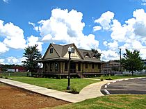 Sweetwater-Depot-tn1