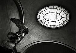 Nike of Samothrace, Paris 2007