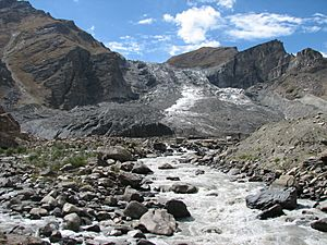Nun glacier at the end of in total 10 kms^ with melting river as seen in sept. 2007 from the road Kargil-Suru-Rangdum-Padum - panoramio