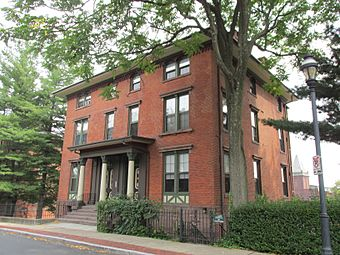 34-36 Charter Oak Place, Hartford CT.jpg